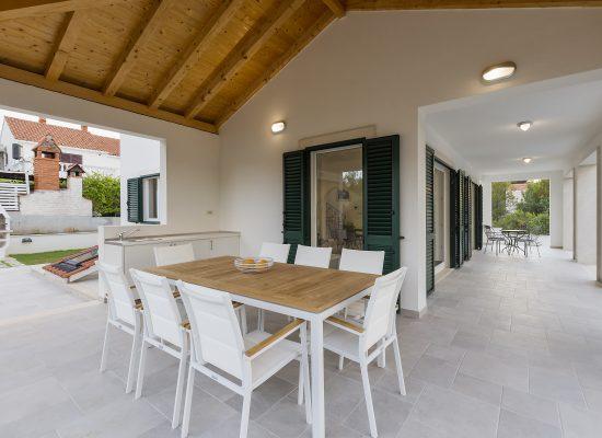Terrace in Villa Makarac