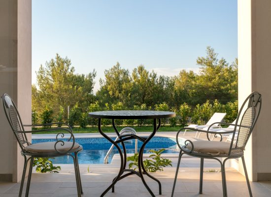Terrace in Villa Makarac | Rent Villa
